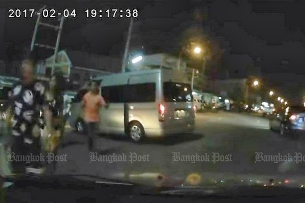 Dash-cam footage captured an incident in which Suthep Pochanasomboon shot and killed a 17-year-old boy in a car-parking dispute in February. (Bangkok Post photo)
