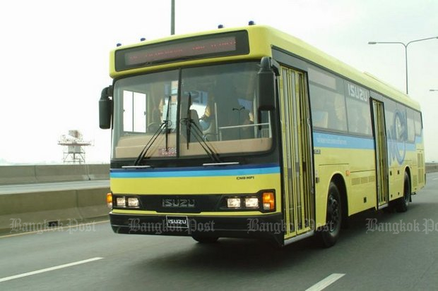 For the fourth time, the Bangkok Mass Transit Authority (BMTA) is calling for bids to supply 489 buses like the one above, running on compressed natural gas (NGV), and figures each vehicle should cost about 8.2 million baht with a 10-year warrantee, or a total of 4.02 billion. (File photo)