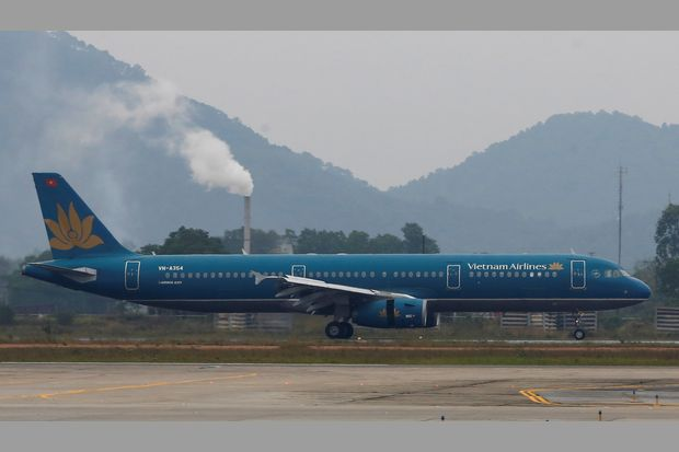 A Vietnam Airlines aircraft takes off at Noi Bai International airport in Hanoi on Jan 17 this year. (Reuters photo)