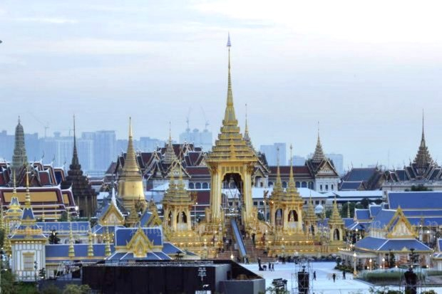 The <i>Phra Meru Mas</i> or royal crematorium appears in the early evening light after construction wrapped up with the installation of the nine-tiered umbrella of state in a ceremony presided over on Wednesday by His Majesty the King. (Photo by Wichan Charoenkiatpakul)