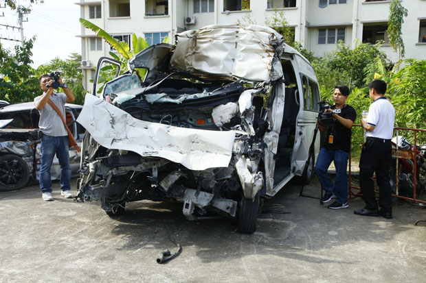 The wrecked van, seen at the Bang Pa-in police station in Ayutthaya province on Friday. (Photo by Sunthorn Pongpao)