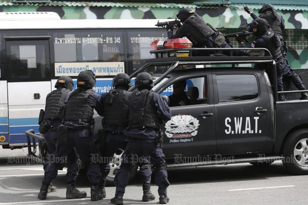 Even elite units such as the Special Weapons And Tactics (SWAT) teams, seen here during a training exercise, are prepared to take part to combat transnational criminal gangs. (File photo by Pattarapong Chatpattarasill)
