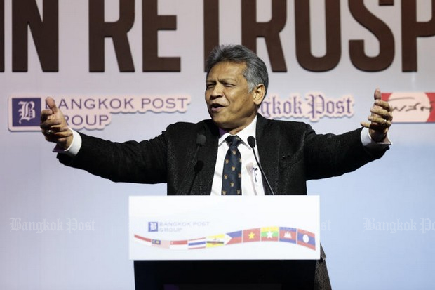 Ex-foreign minister and Asean secretary-general Surin Pitsuwan spoke Thursday at the Bangkok Post Forum 2017 titled 'Asean@50: In Retrospect'. (Photo by Patipat Janthong)