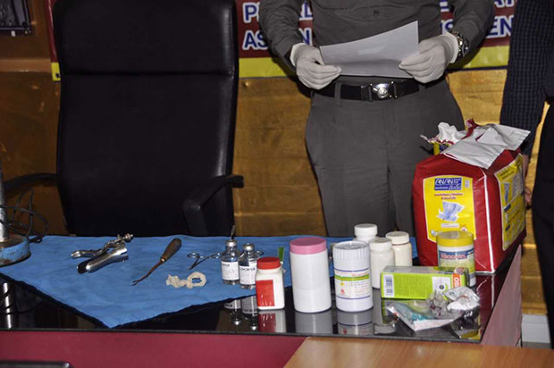Abortion paraphernalia and pills seized from an alleged abortion clinic, shown at a police news briefing in Nakhon Ratchasima. (Photo by Prasit Tangprasert)