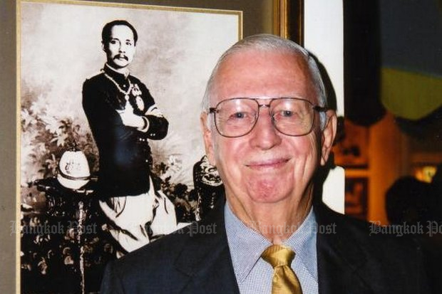 William Warren, author and Chulalongkorn University professor for decades, died last Thursday. (Bangkok Post file photo)