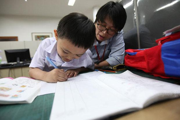 giving homework to students