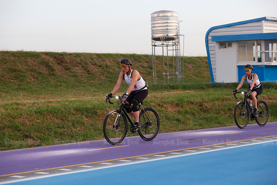 King pedals airport bike track