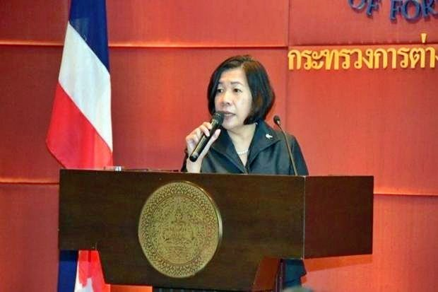 Ministry of Foreign Affairs spokeswoman Busadee Santipitaks. The prime minister is not expected to raise discussion of the Chinese plans to dynamite shoals and islets in the Mekong River off Chiang Rai province. (File photo)