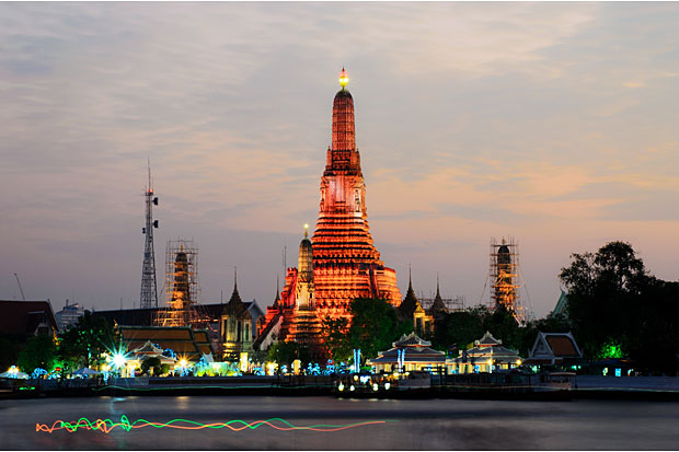 Wat Arun (Temple of Dawn) stands on the west bank of the Chao Phraya River. The Nostra app will map this and other spiritual locations.