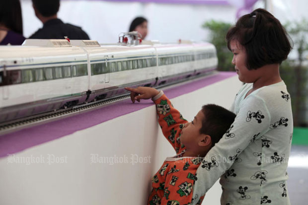 A high-speed train model is on display at Chiang Rak Noi station to promote the project. (Bangkok Post file photo)
