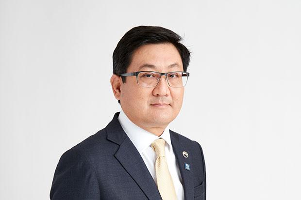 Senior executive vice-president of the Stock Exchange of Thailand Pakorn Peetathawatchai will become the new president on June 1. (Stock Exchange of Thailand photo)