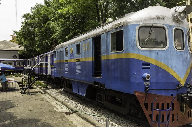 The only train in Chiang Rai at present is the unique Chiangrai Train Library, actually sitting on authentic sleepers and rails. Authorities are planning an actual rail link, to operate by 2023. (Creative Commons)