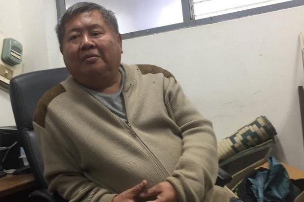 Photo shows construction tycoon and accused leopard poacher Premchai Karnasuta after his arrest by wildlife officers last month. Police have ordered him to report Wenesday for questioning by the Counter-Corruption Division. (File photo)
