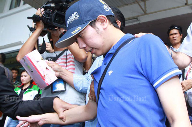Vorayuth Yoovidhya, the youngest son of Red Bull boss Chalerm Yoovidhya, is taken into the Police General Hospital for a blood test in September 2012.(Bangkok Post file photo)