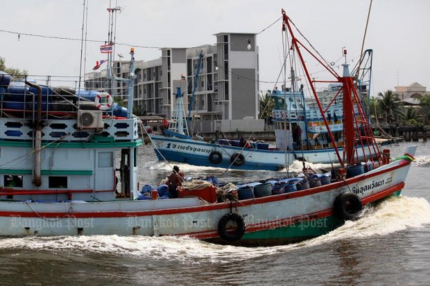 A fishing trawler heads to sea from a southern port. Government insists there are no more illegal migrants on fishing boats, because all are registered. (Bangkok Post file photo)