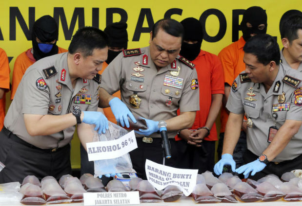 Indonesia bootleg alcohol deaths exceed 100