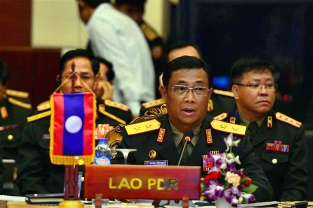 Deputy Defence Minister and chief of the general staff of the Lao People's Army Lt Gen Souvone Leuangbounmy said Laos will not allow Thai political exiles to speak out against the government in Bangkok. (Photo via Lao People's Army Online)