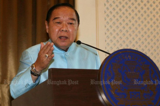 Deputy Prime Minister and Defence Minister Prawit Wongsuwon warned activists to revise their plans to march on Government House on the fourth anniversary of the coup on May 22. (File photo)