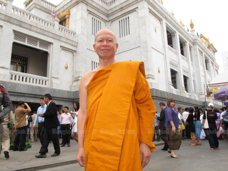 Fugitive former Phra Phrom Methee will be escorted back to Bangkok from Frankfurt, arriving at Suvarnabhumi airport on Wednesday morning. (Post Today file photo)