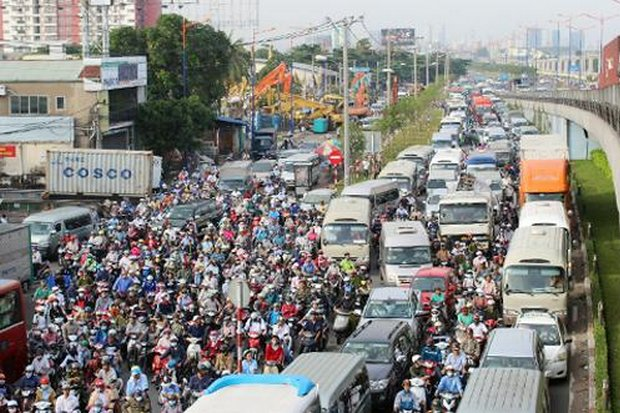 Rush hour in Ho Chi Minh City. Vietnam agreed to life non-tariff trade barriers such as tighter import inspections, but there has been no progress in six months. (File photo)