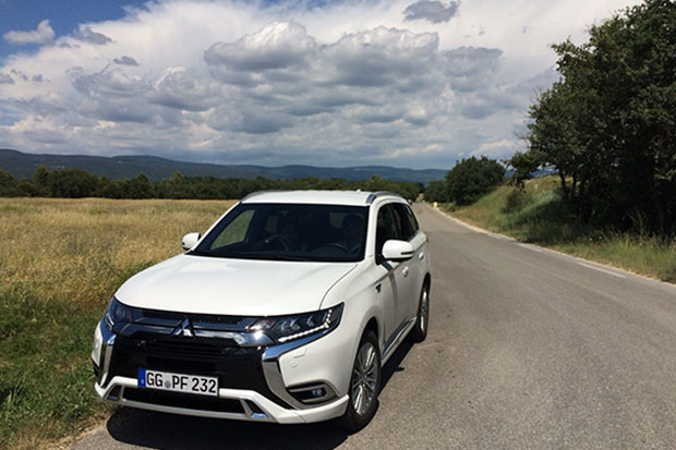 Mitsubishi Motors plans to sell its latest model of Outlander, a 4-wheel-drive SUV PHEV, in Europe later this year and will introduce the technology to Thailand, though it has yet to announce the model for Thai drivers. Photos supplied