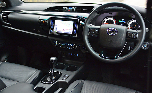 Toyota Hilux Revo Rocco 2 8 G 4x4 (2018) review