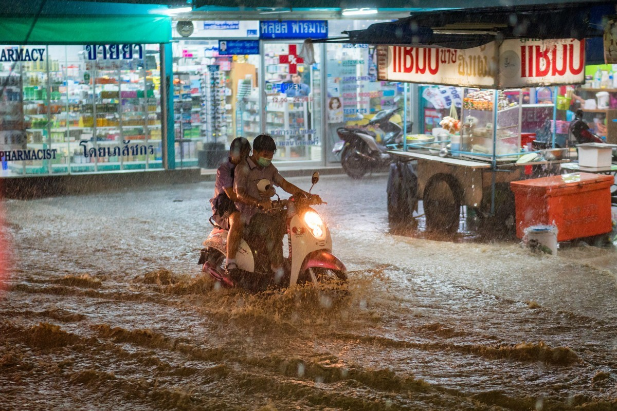 A couple bucks a heavy downpour. Storms and heavy rainfall is predicted for this week, and authorities have put 28 provinces on alert. (Creative Commons)