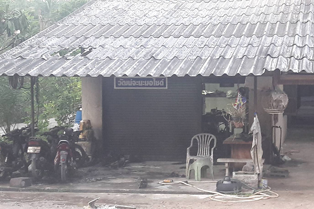 The Watchana motorcycle shop in Chana district of Songkhla is damaged after a fire broke out following a bomb explosion on Sunday. (Photo by Assawin Pakkawan)