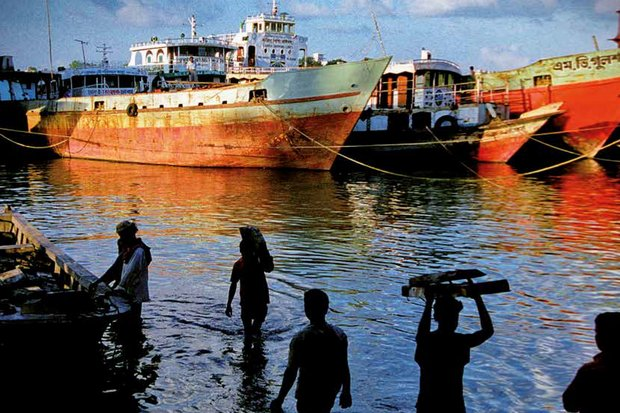 The government now lists exactly 10,743 legal fishing trawlers and boats, and is hunting for unregistered vessels to destroy. (File photo)