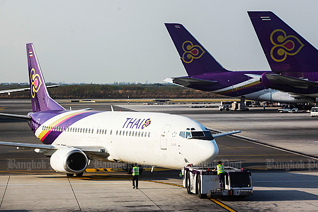 Economy tsar and Deputy Prime Minister Somkid Jatusripitak has ordered Thai Airways International executives to stop talking and produce their 100 billion baht, 23-plane purchase plan by Christmas. (File photo)