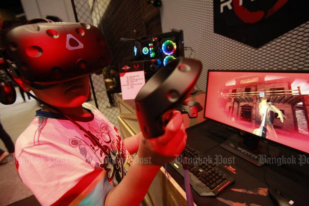 Despite the Mental Health Department's release of statistics on Wednesday, the e-sports booths and an e-sport competition including virtual-reality equipment, are likely to be among the most popular areas at the Commart Work 2018 expo from Thursday through Sunday at Queen Sirikit National Convention Center. (File photo by Pornprom Satrabhaya)