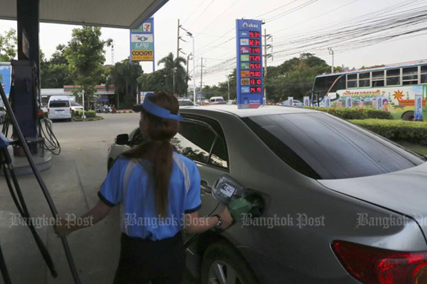 Oil prices played important roles in inflation last month, the Commerce Ministry said. (File photo)