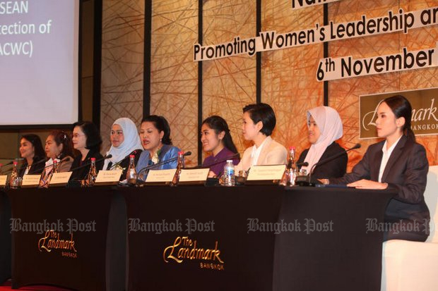 Female leaders speak at the National Seminar on Promoting Women's Leadership and Political Participation at a Bangkok hotel on Tuesday. Thailand is ranked among the lowest of listed countries for gender equality in politics in the world since the 2014 coup, according to data collected by UN Women. (Photo by Pawat Laupaisarntaksin)