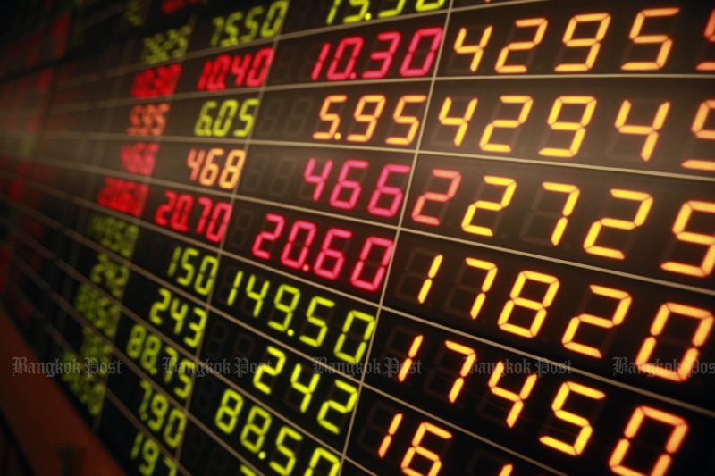 The Stock Exchange of Thailand is studying a plan to jump-start the digital asset ecosystem. (Bangkok Post photo)