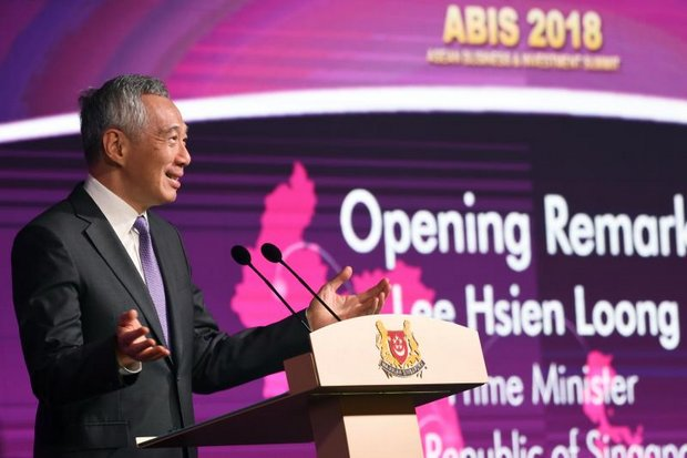 Singapore Prime Minister and current Asean chairman Lee Hsien Loong kicked off Asean Summit Week in the Lion City with a keynote address to the Asean Business and Investment Summit (ABIS) on the sidelines of the political gathering. (AFP photo)