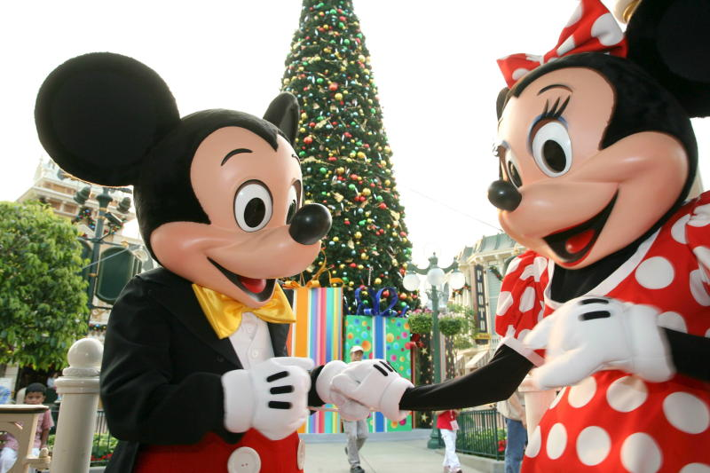 Christmas Minnie Mouse Disneyland.Mickey Mouse Celebrates 90th Birthday