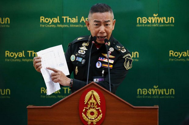Army commander and head of the National Council for Peace and Order (NCPO) Gen Apirat Kongsompong has defended the Section 44 order affecting the time limit for the Election Commission to re-drawn constituencies. (Reuters file photo)