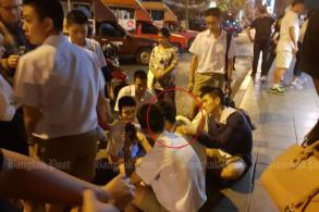 Busking students save Chinese man from suicide