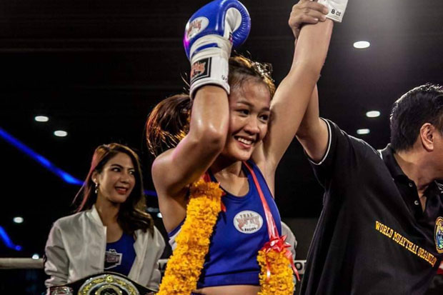 Nitiyaporn Srisalai wins a bout to become the 51kg division champion of the World Muay Thai Organization earlier this year. (photo supplied)