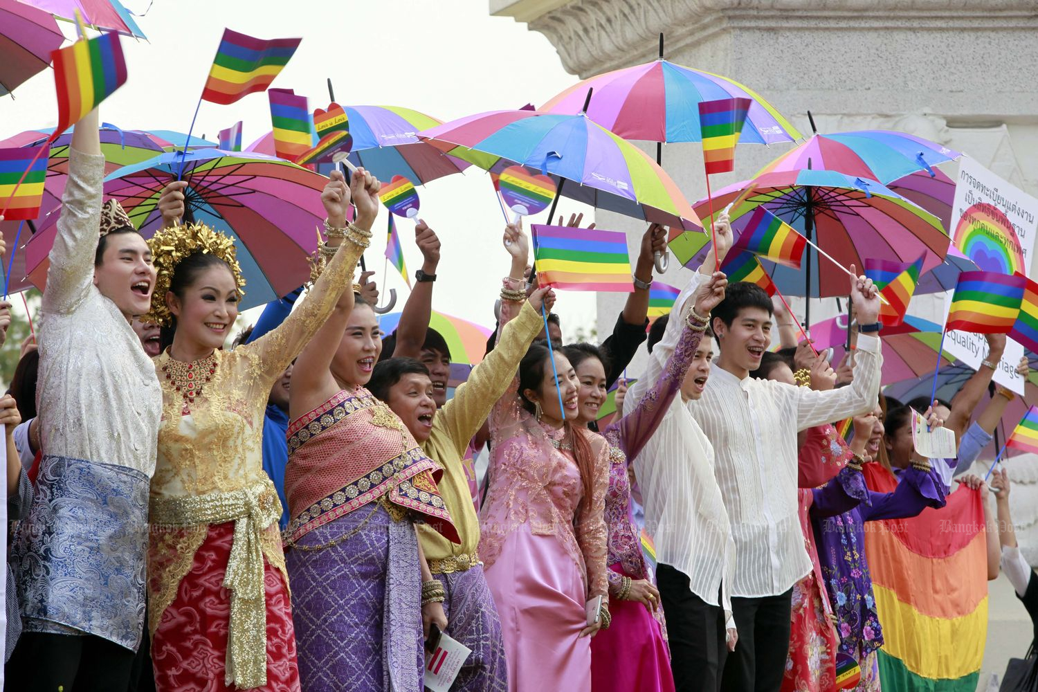 Campaigners call for public awareness on LGBT rights and same sex marriage during a parade from the Democracy Monument to Sanam Luang,  organised by the Foundation for Sexual Orientation and Gender Identity Rights and Justice (FOR-SOGI) on Dec 15, 2015.(Bangkok Post file photo)