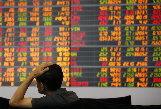 SET sheds nearly 11% in rough year for stocks