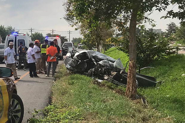 Two-day holiday road death toll reaches 98