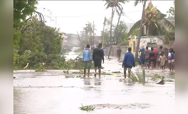 1,000 feared dead in Mozambique cyclone