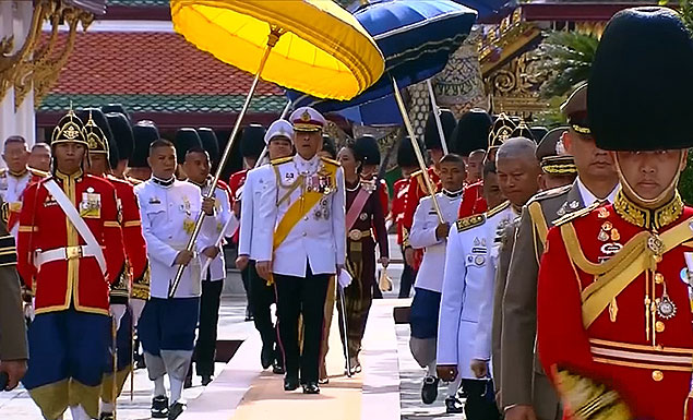 King conducts final rituals on eve of coronation
