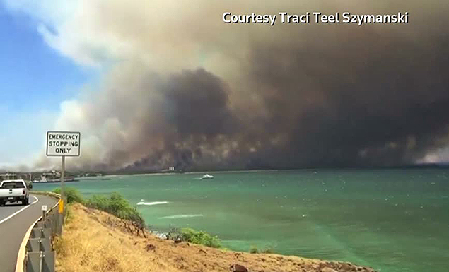 Evacuations ordered as blaze tears through Hawaii