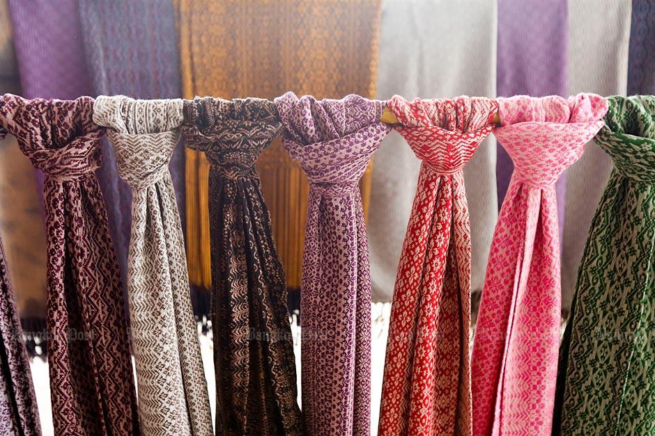 Thai Silk, the local way -1
