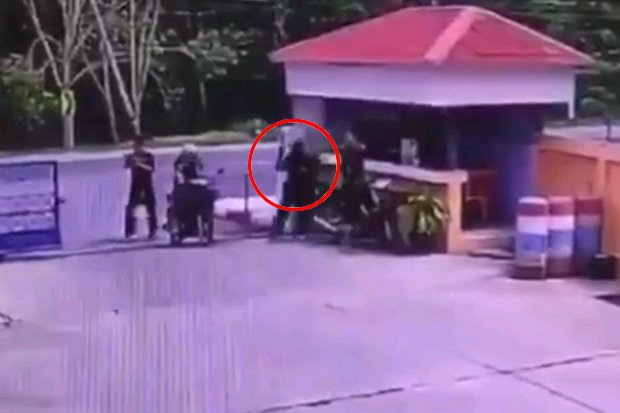 Brazen daytime ambush leaves policeman dead