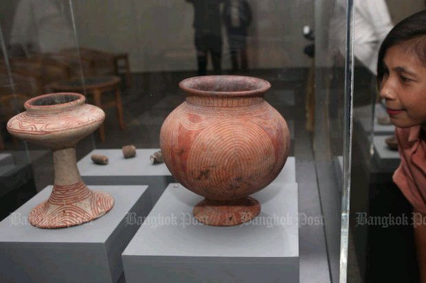 Some of the 46 ancient artefacts are displayed in Bangkok after being received Thursday from the US. (Photo by Pawat Laopaisarntaksin)