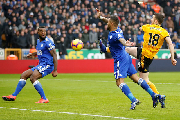 Wolves edge Leicester 4-3