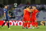 Sirisak says Thai players hurt by Chinese direct attack